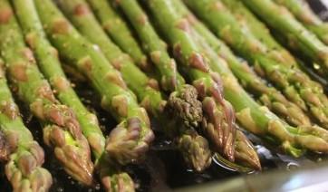Fresh asparagus, prepped for roasting